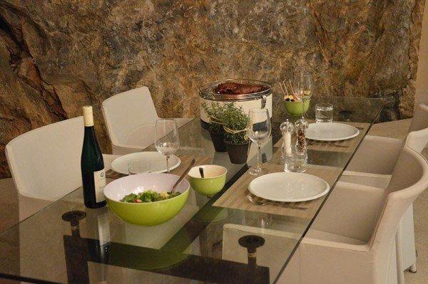 Feuerdesign Mayon stołowy grill węglowy biały/kremowy