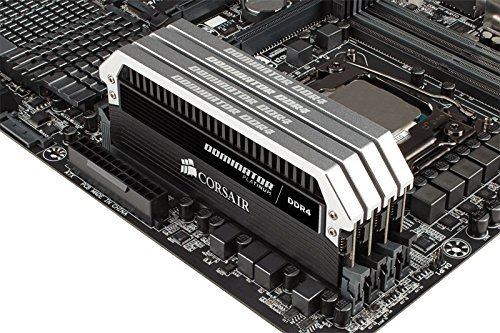 Corsair  16GB DDR4-3000 Kit, CMD16GX4M2B3000C15, Dominator Platinum