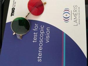 Test TNO z Okularami na Rączce