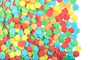 Posypka dekoracyjna confetti kolorowe kwiatuszki 1 kg