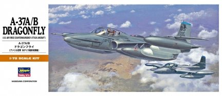 Hasegawa A12 1/72 A-37A/B Dragonfly (U.S. Air Force Counterinsurgency Attack Aircraft)