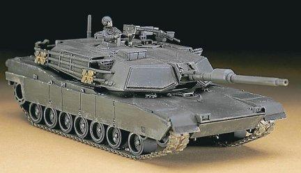 Hasegawa MT35 1/72 M-1E1 Abrams (U.S. Army Battle Tank)