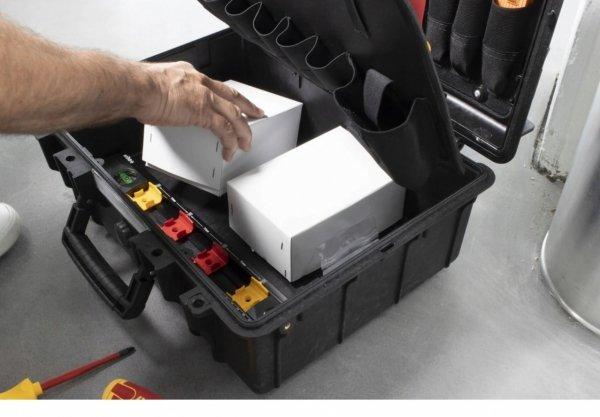 Zestaw narzędzi dla elektryka WIHA w walizce 34-el VDE 44505