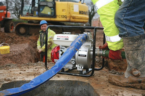 """HONDA WB20XT Pompa spalinowa do wody HONDA z GX120 600 l/min 3,2 ATM 2""""  2,6kW"""
