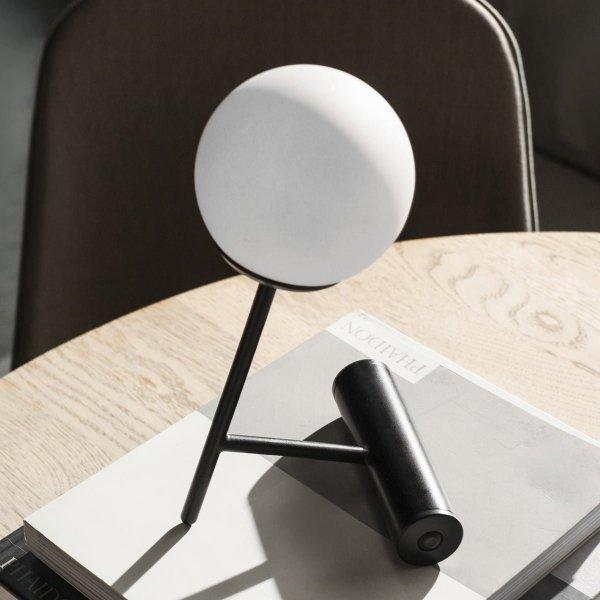 Menu PHARE Lamp LED Stołowa - Czarna