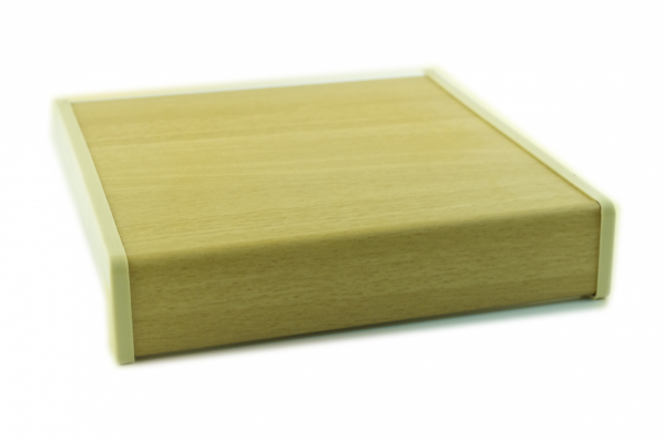 Parapet wewnętrzny plastikowy PCV olcha 300mm 1mb