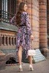 Suriani sukienka