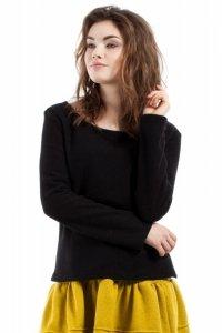 MOE214 Bluzka wełniana czarna