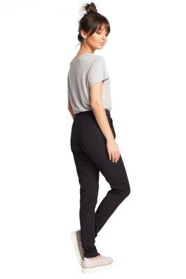 B011 spodnie czarne