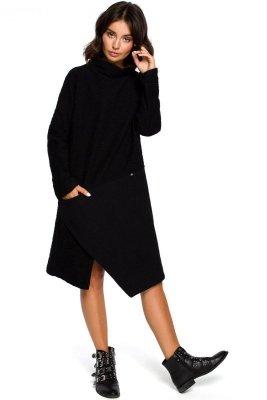 B098 Sukienka z asymetrycznym przeszyciem z przodu - czarna