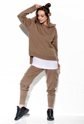 Modny komplet swetrowy z bojówkami LSG123 capucino