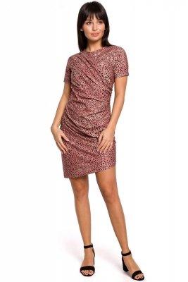 B143 Sukienka z nadrukiem i zakładkami - łososiowa