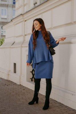 Komplet swetrowy – spódnica i sweter z golfem LS308 jeans
