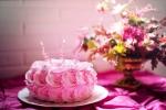 Rodzaje kremów i polew do ciast