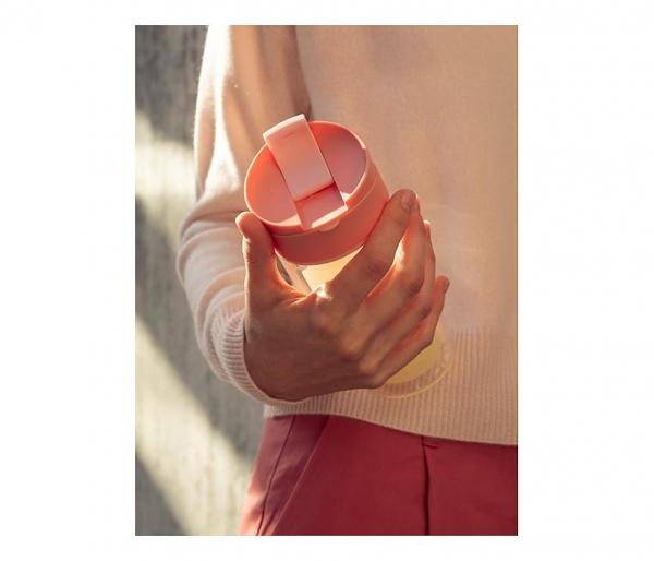 Kubek termiczny szklany szczelny SIGG Nova Mug Pink 370 ml jasnoróżowy