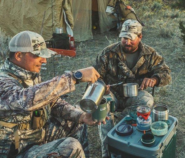 Kubek termiczny kempingowy Stanley Classic Camp Mug 350 ml zielony