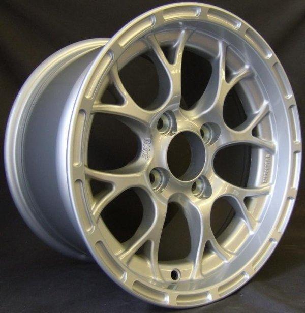 Felga Compomotive CXR 8,5x13
