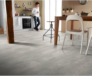TARKETT -  Loft 832 Light Concrete (Jasny beton) 8258284 4V AC4 8mm