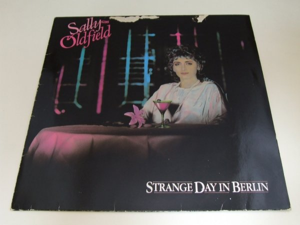 Sally Oldfield - Strange Day In Berlin (LP)