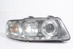 Reflektor prawy Audi A3 8L 2001 (Lift)