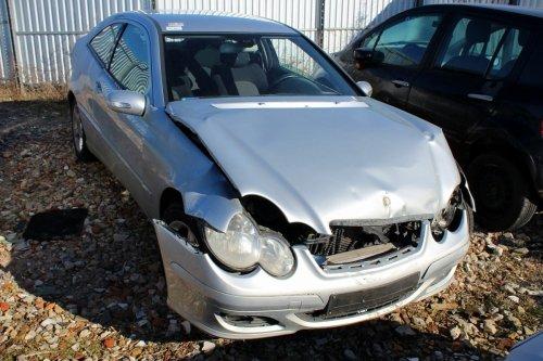 Mercedes C-klasa W203 2006 1.8i Kompressor 271946 Coupe