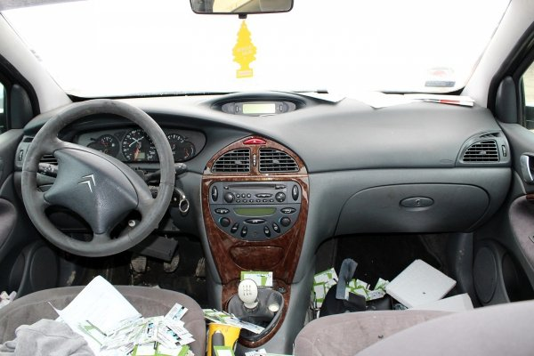 Silnik Citroen C5 2001 2.0HPI EW10D