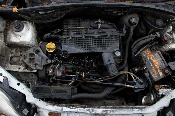 Nissan Kubistar 2003 1.5DCI K9K702