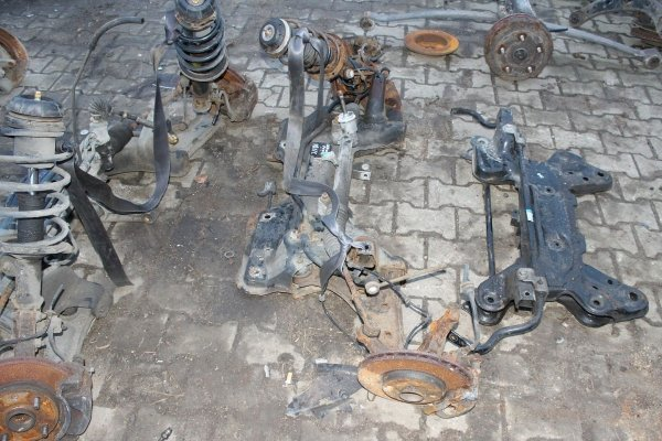 Sanki wózek ława silnika Fiat Grande Punto 2006 1.4i 8V