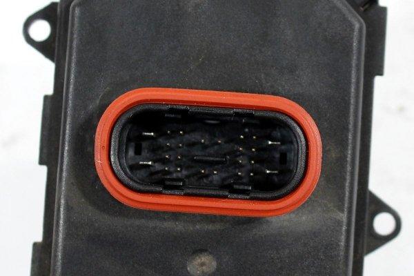Moduł AFS kąta skrętu reflektora VW Golf VI 5K 2012