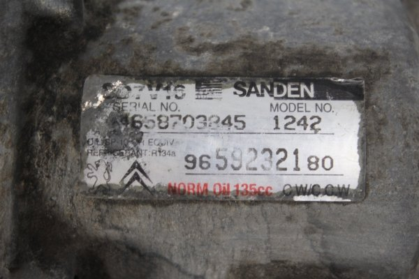 Sprężarka pompa klimatyzacji Citroen Berlingo 2008 1.6HDI