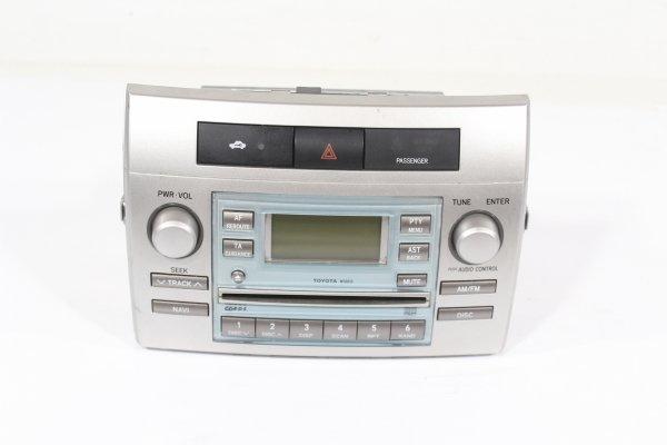 Radio Toyota Corolla Verso 2004