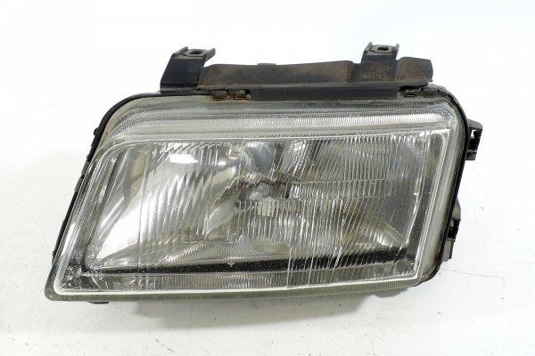 Reflektor przód lewy Audi A4 B5 1995 BOSCH