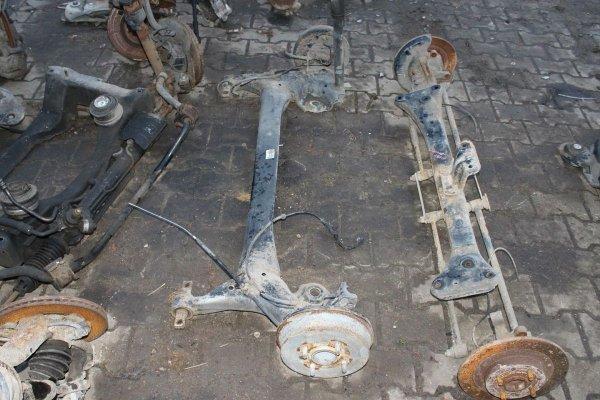 Belka zawieszenia tył - Mitsubishi - Colt - zdjęcie 2