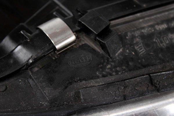 Reflektor prawy Audi A6 C5 2002 Bixenon