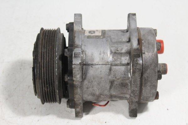 Sprężarka pompa klimatyzacji Skoda Fabia 6Y 2002 1.4i AUA
