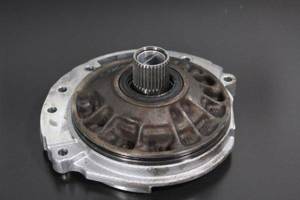 Pompa oleju skrzyni biegów JF506E Ford Mondeo MK3