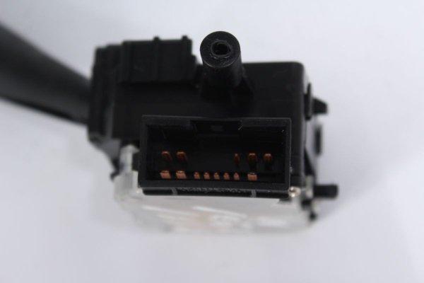 Przełącznik włącznik kierunkowskazów świateł X-272330