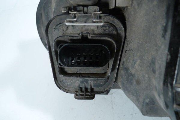 Reflektor prawy VW Golf IV 1J 1997-2003