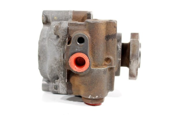 Pompa wspomagania VW Golf III 1H 1991-1998 1.6, 1.8, 1.9TDI, 2.0 (osadzenie 14mm)