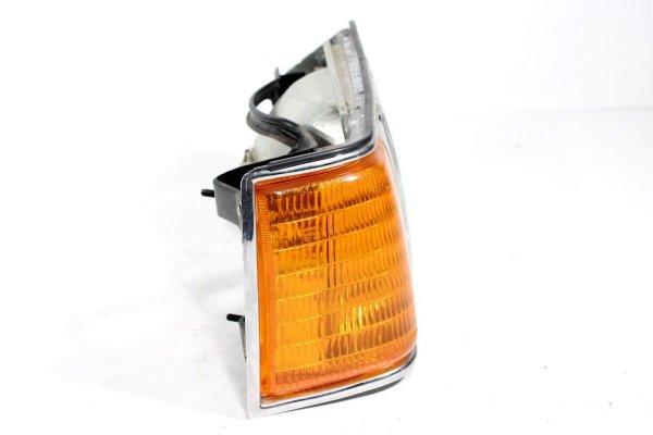 Reflektor prawy Mazda 929 1982