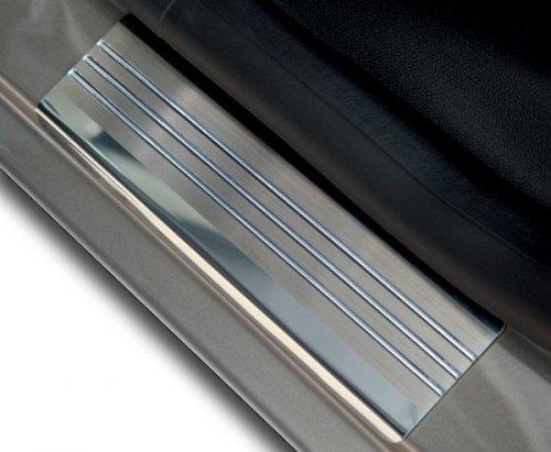 SUZUKI SX4 S-CROSS od 2013 Nakładki progowe - stal + poliuretan [ 4szt ]