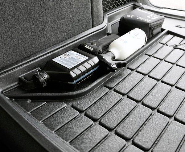 Mata bagażnika gumowa NISSAN X-Trail III 2013-2017 wersja 5 osobowa, dolna podłoga bagażnika