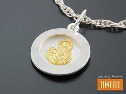 Medalik srebrny Matka Boska Karmiąca złocony