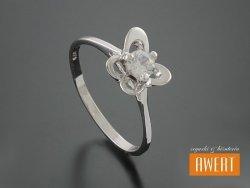AKSU CRYSTAL srebrny pierścionek z cyrkonią roz. 14