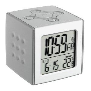 TFA 60.2517 CUBO budzik biurkowy zegarek elektroniczny LCD z termometrem sterowany radiowo