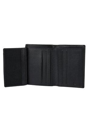 Portfel posiada jedną rozkładaną część, 4 miejsca na karty, dwa miejsca za siateczką oraz dwie większe kieszonki