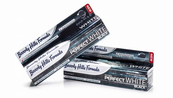 BEVERLY HILLS Perfect White - BLACK 100ml Czarna pasta wybielająca zęby