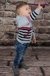 Sweterek chłopięcy 521