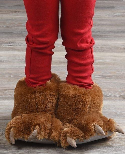 Brown Bear Paw Slippers - Bačkory LazyOne