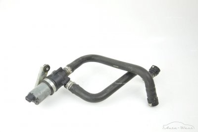 Ferrari California F149 Additional electric coolant pump